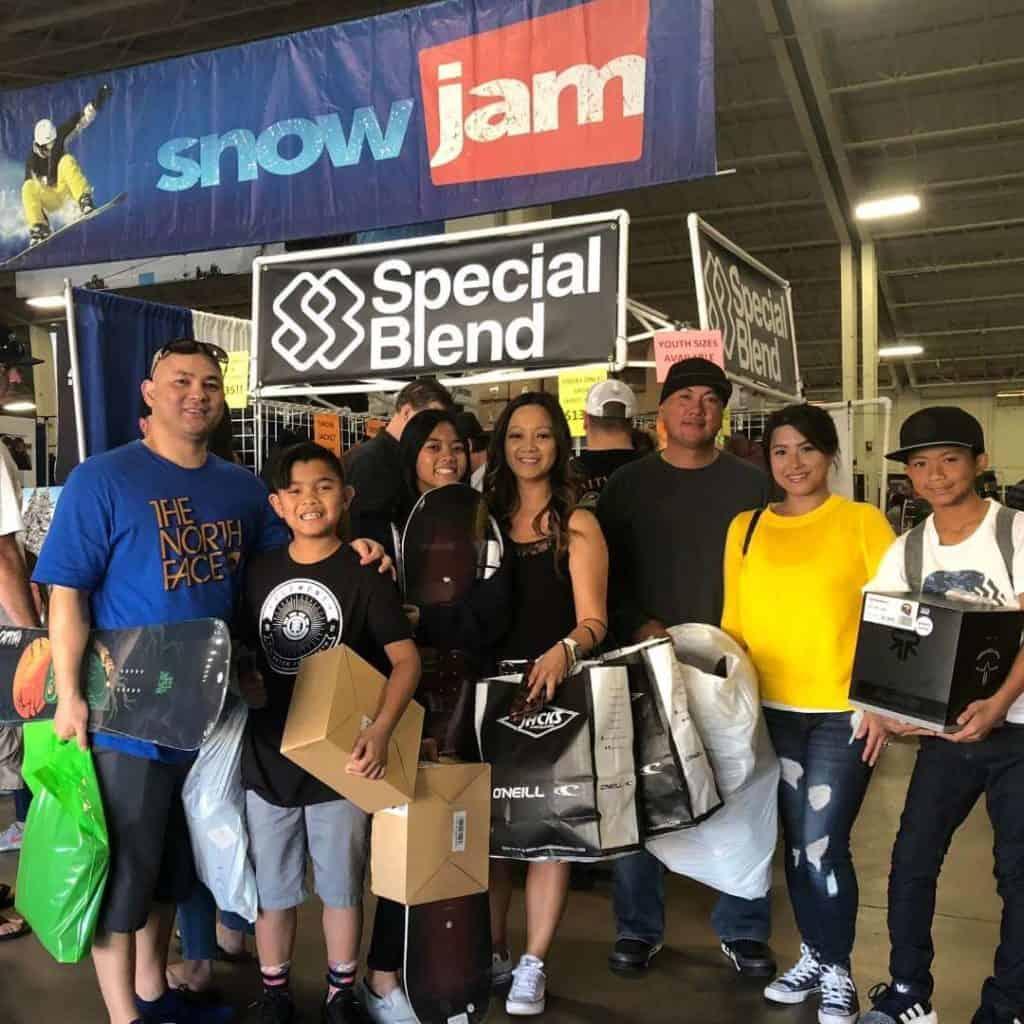 snowjam-family