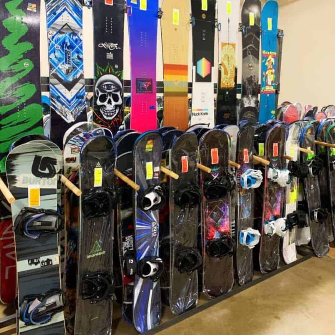 snowjam-megasale-snowboard