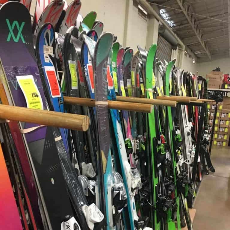 snowjam-snowboard-megasale